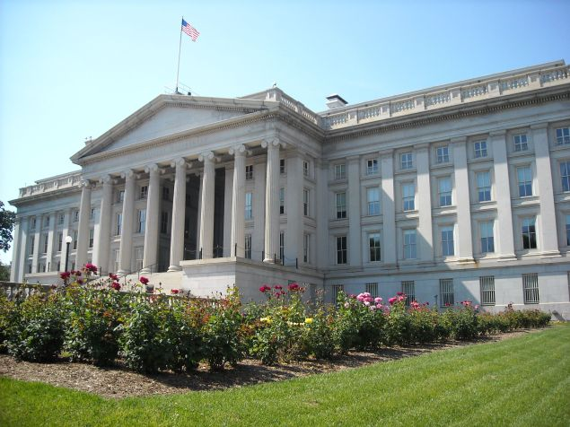 Treasury_Department_rear_view