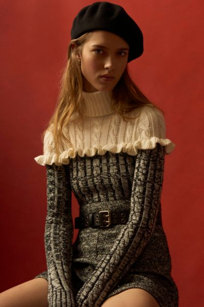 Knit, ruffled sweaters (Photo: Courtesy Philsophy di Lorenzo Serafini).