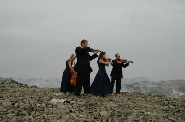 Gulnara Kasmalieva & Muratbek Djumaliev, Spring, 2009.