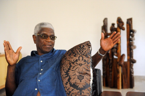 Artist El Anatsui speaks will speak with Sam Nhlengethwa on Thursday, March 3 at The Armory Show. (Photo credit should read PIUS UTOMI EKPEI/AFP/Getty Images)
