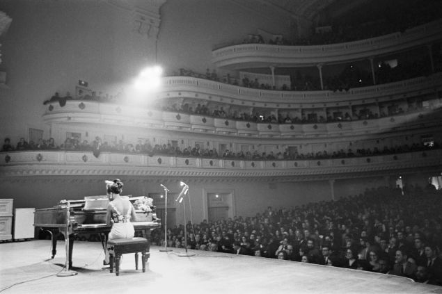 Nina Simone performing at Carnegie Hall. (Photo: Courtesy of the Estate of Alfred Wertheimer.)