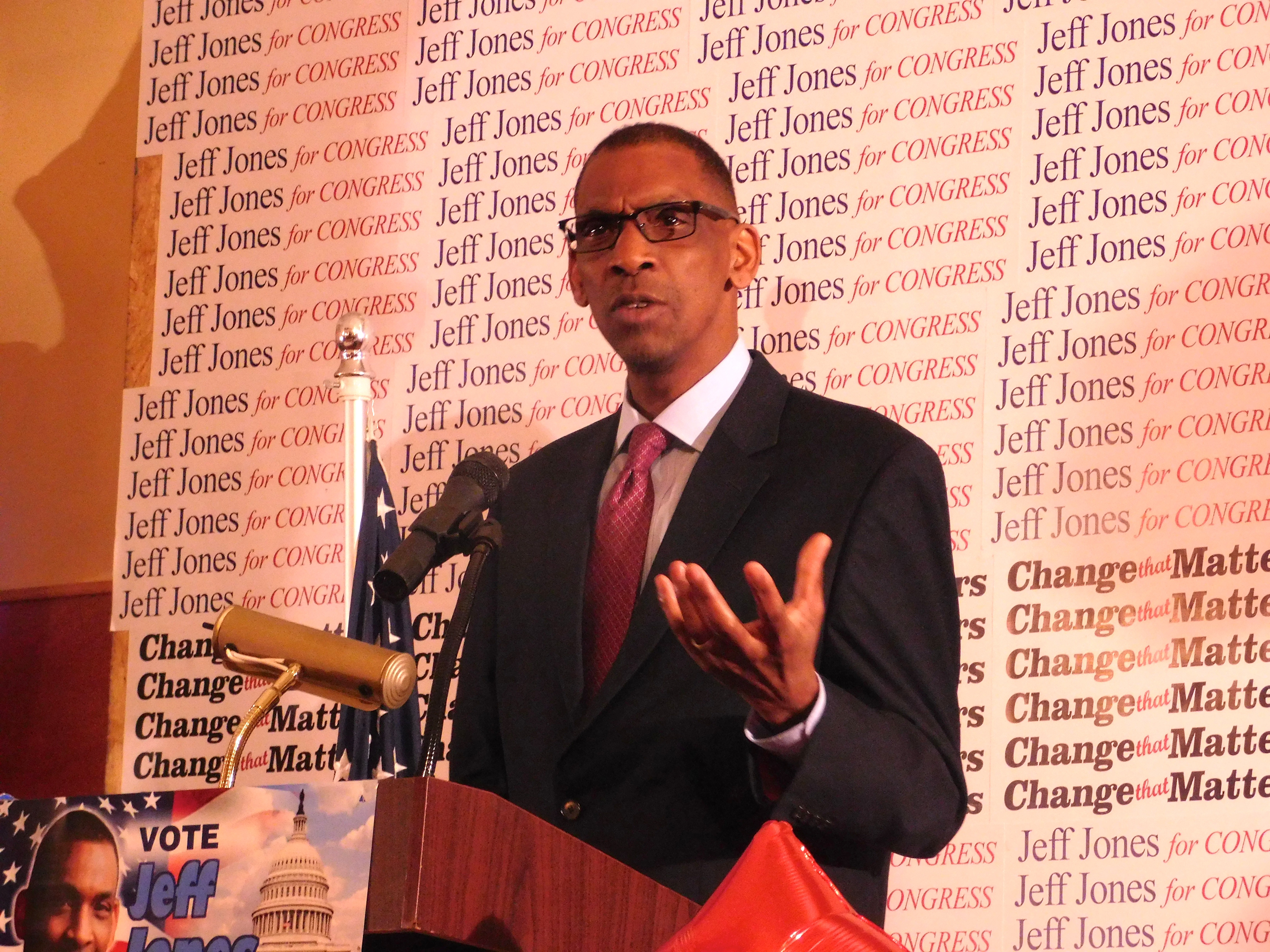 The former Paterson mayor is running for congress.
