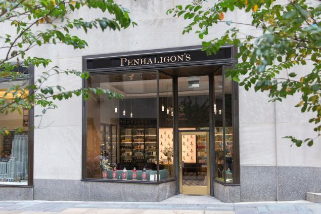 Thanks to its Rockefeller Center, Penhaligon's can attract both the weary 9-5er at the end of a long shift and the enthusiastic traveler with the promise of a good product and enjoyable shopping experience.