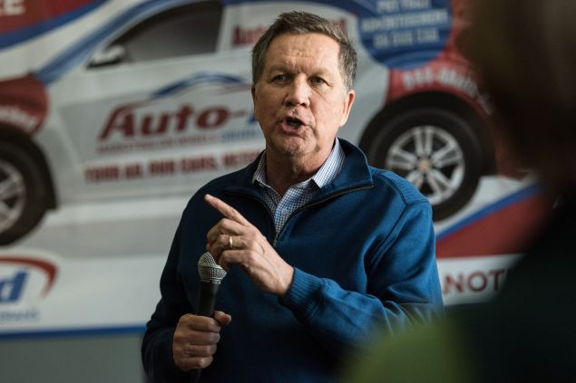 CHARLESTON, SC - FEBRUARY 10: Republican presidential candidate, Ohio Gov. John Kasich talks to the crowd at the Auto-Ad agency February 10, 2016 in Charleston, South Carolina. The state's Republican primary is February 20. (Photo by Sean Rayford/Getty Images)