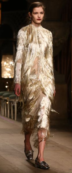 A touch of gold at Erdem