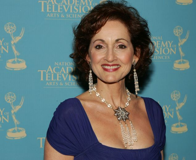 Soap actress Robin Strasser felt the call of California.