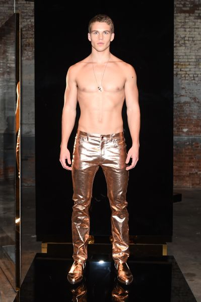Glorious in rose gold (Photo: Courtesy Calvin Klein).
