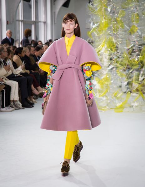 A pop of yellow turns bell sleeves into a total treat