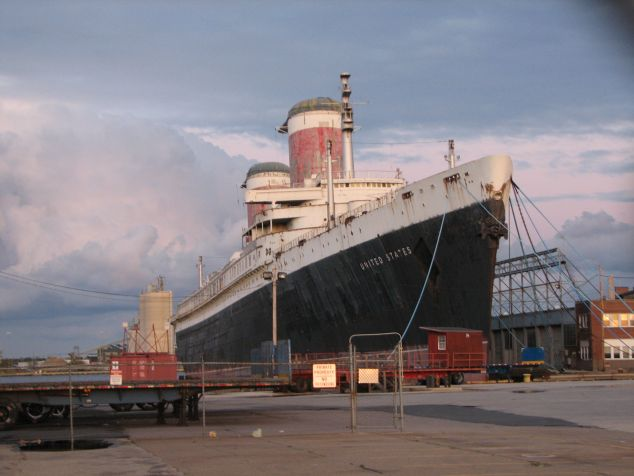 The SS United States. (Wikipedia)