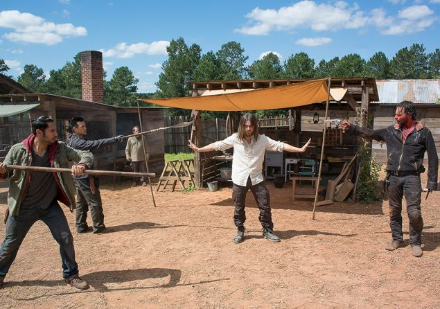 Peter Zimmerman, Tom Payne, and Andrew Lincoln in The Walking Dead