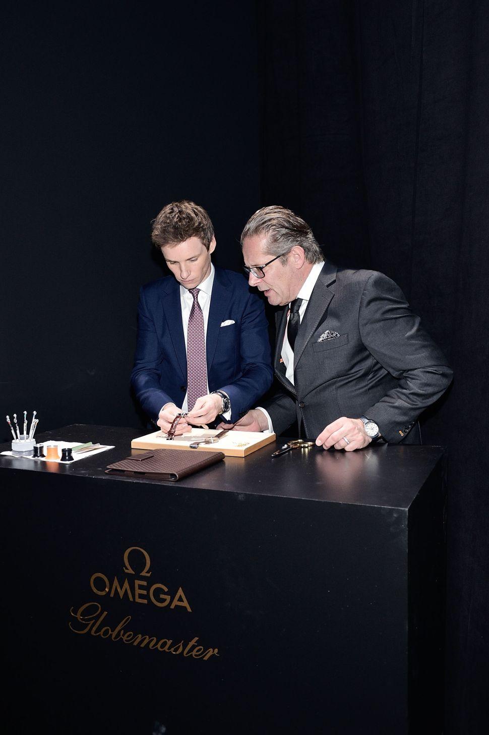 Eddie Redmayne, OMEGA vice president product and costumer service Jean-Claude Monachon
