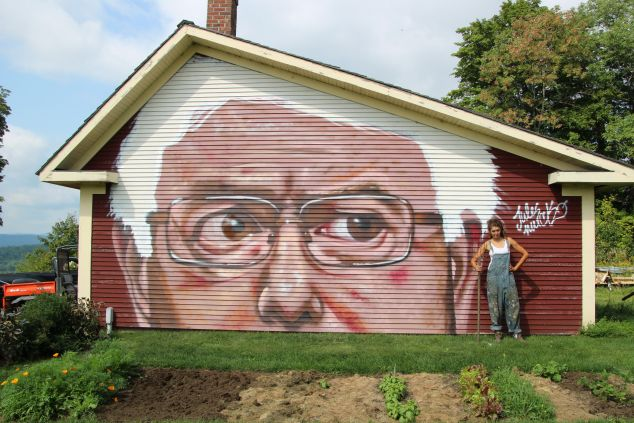 Bernie Sanders on a barn, by Jules Muck.