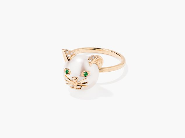 The cat and mouse rings are tongue-in-cheek, but still ultra-chic