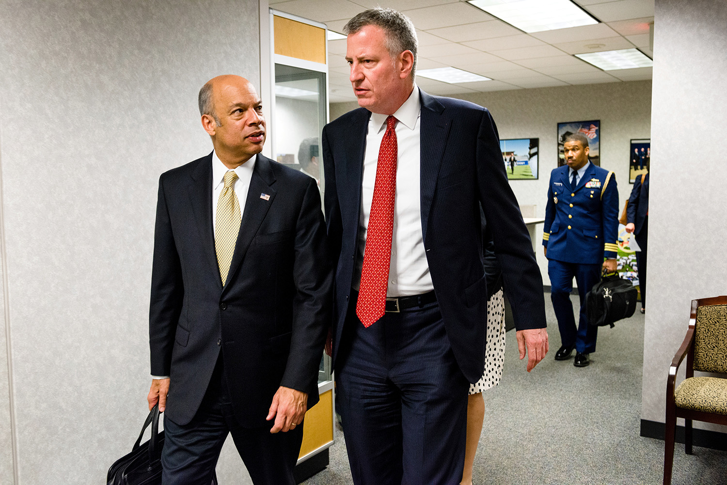 Mayor Bill de Blasio and Homeland Security Secretary Jeh Johnson emerge from a closed-door meeting in Washington.