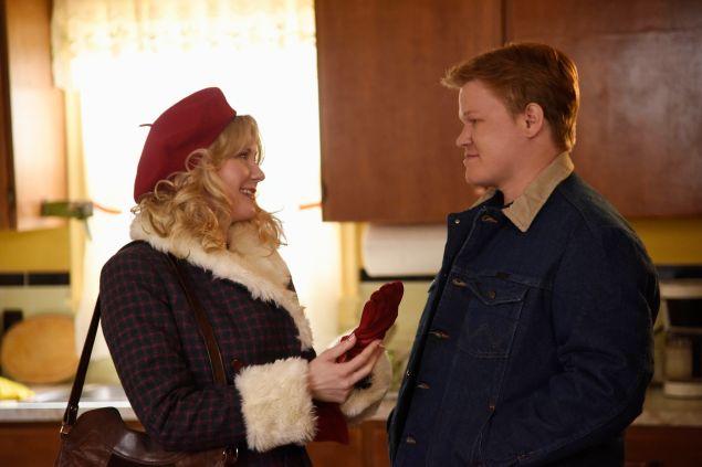 Kirsten Dunst as Peggy Blumquist and Jesse Plemons as Ed Blomquist in Fargo.