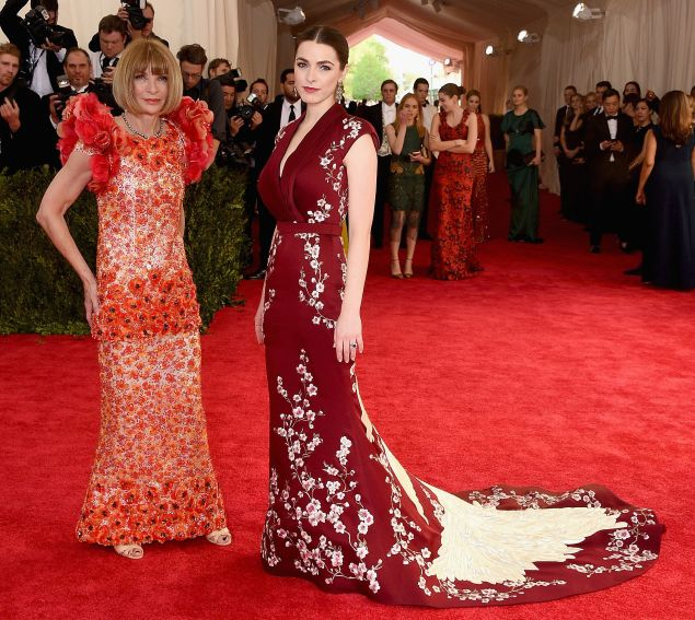 """Anna Wintour and Bee Shaffer attend the """"China: Through The Looking Glass"""" Costume Institute Benefit Gala at the Metropolitan Museum of Art on May 4, 2015 in New York City."""