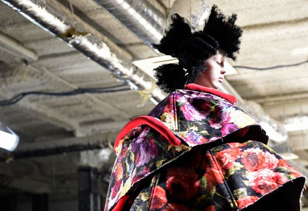A model presents a creation by Comme Des Garcons during the 2016-2017 fall/winter ready-to-wear collection on March 5, 2016 in Paris.