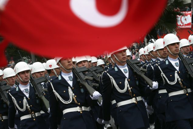 Turkish Army soldiers march in a military parade during the celebrations of the Republic Day in Istanbul, 29 October 2007.