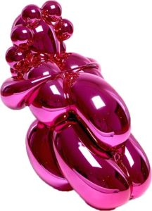 Jeff Koons, Dom Pérignon Balloon Venus, 2013. Hand-polished and painted polyurethane resin editioned sculpture with custom trunk. Part of Paddle8's March Contemporary auction, estimate $40,000–$60,000.