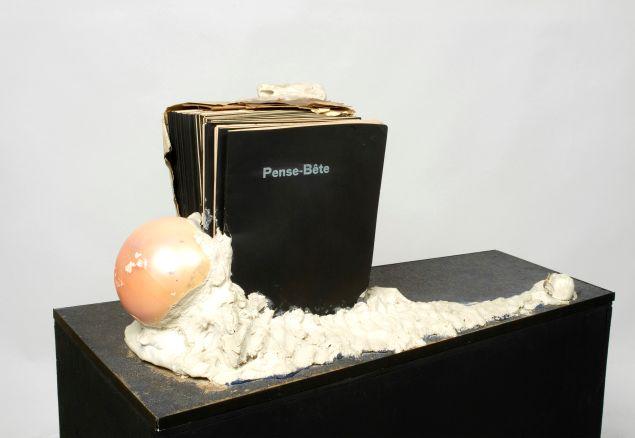 Marcel Broodthaers, Pense-Bête (Memory aid), 1964.