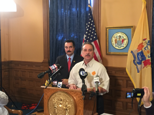 Prieto and the head of the state firefighters' union at Thursday's press conference