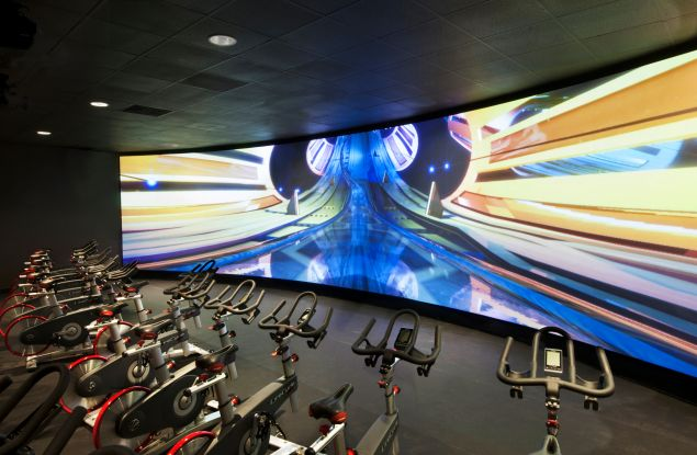 TMPL's virtual reality spin studio