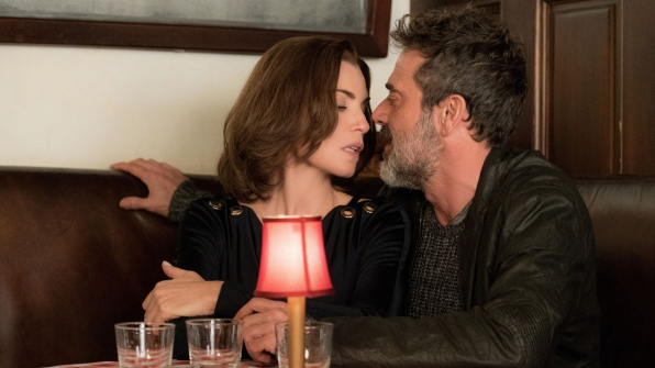 Julianna Margulies and Jeffrey Dean Morgan in The Good Wife.