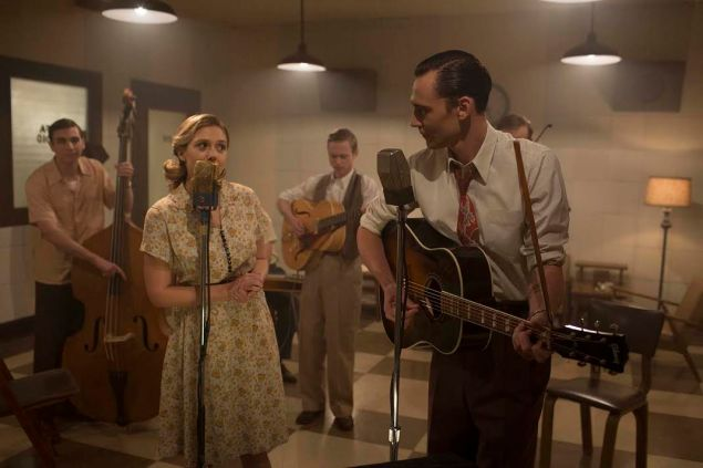 Tom Hiddleston and Elizabeth Olsen in I Saw the Light.