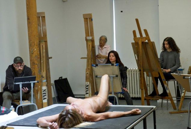 """Students drawing Iggy Pop during a life drawing class at the New York Academy of Art. The work will go on view for Jeremy Deller's exhibition """"Iggy Pop Life Class"""" at the Brooklyn Museum this fall."""