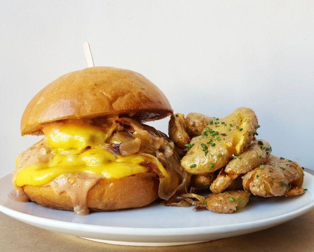 Fundamental LA's burger
