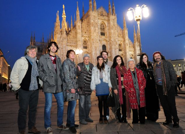 (L) Vittorio, Ottavio (C), Margherita (4L), Angela (C), Rosita (3R), Theresa (2R) in front of the Duomo cathedral.