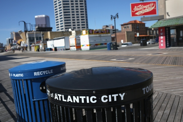 Trash and recycling bins stand on a nearly empty boardwalk March 30, 2016 in Atlantic City, New Jersey. (Photo: John Moore/Getty Images)