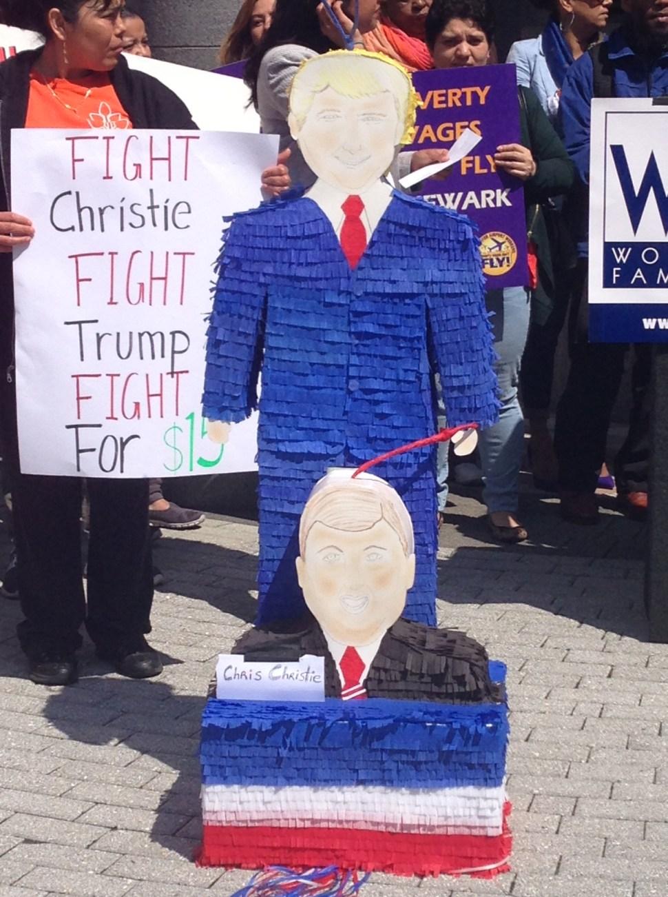 The piñata of Christie and Trump.