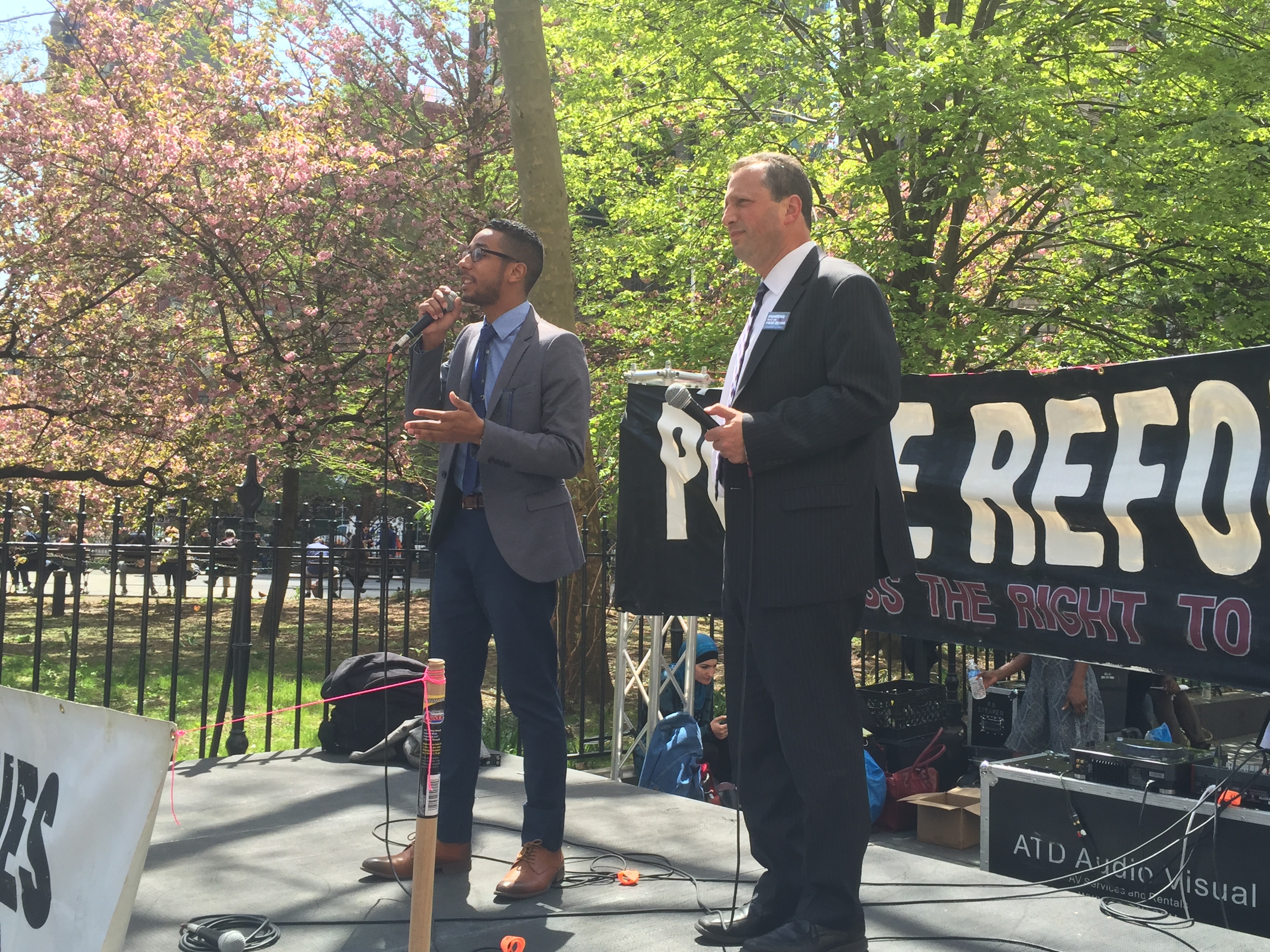 Councilmen Antonio Reynoso and Brad Lander talk about the Right to Know Act.