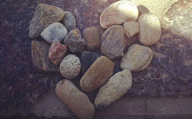 A pile of stones in the shape of a heart as Lady Stoneheart.