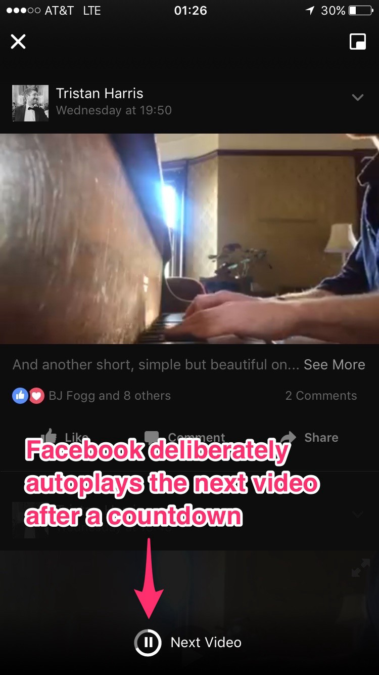 Facebook autoplays the next video after a countdown