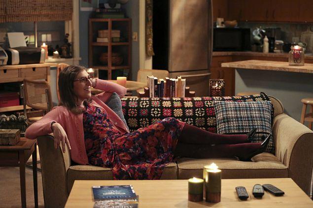 Mayim Bialik as Amy Farrah Fowler.
