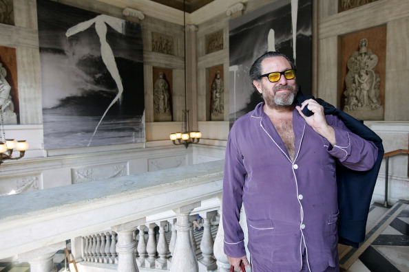 VENICE, ITALY - MAY 31: Julian Schnabel attends the press preview of 'Permanently Becoming And The Architecture of Seeing' at Correr Museum at on May 31, 2011 in Venice, Italy. The exhibition will run from June 5 to November 27, 2011.