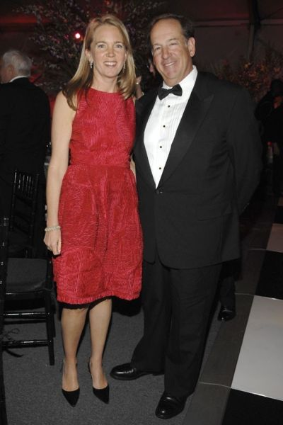 Financier Michael Price and his wife, Jennifer, are saying farewell to their Upper East Side mansion.