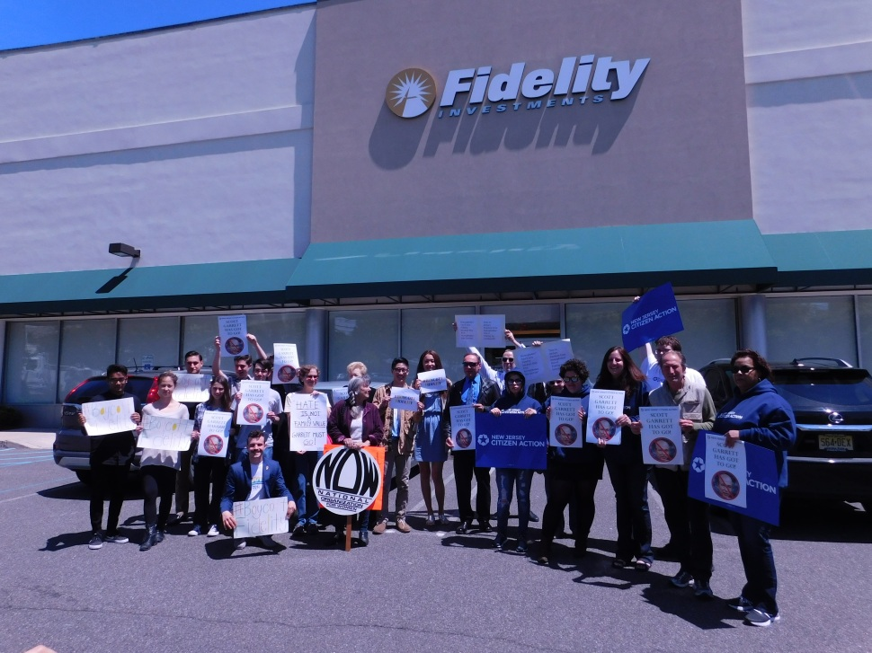The group of those calling for Fidelity to end their support of Garrett.