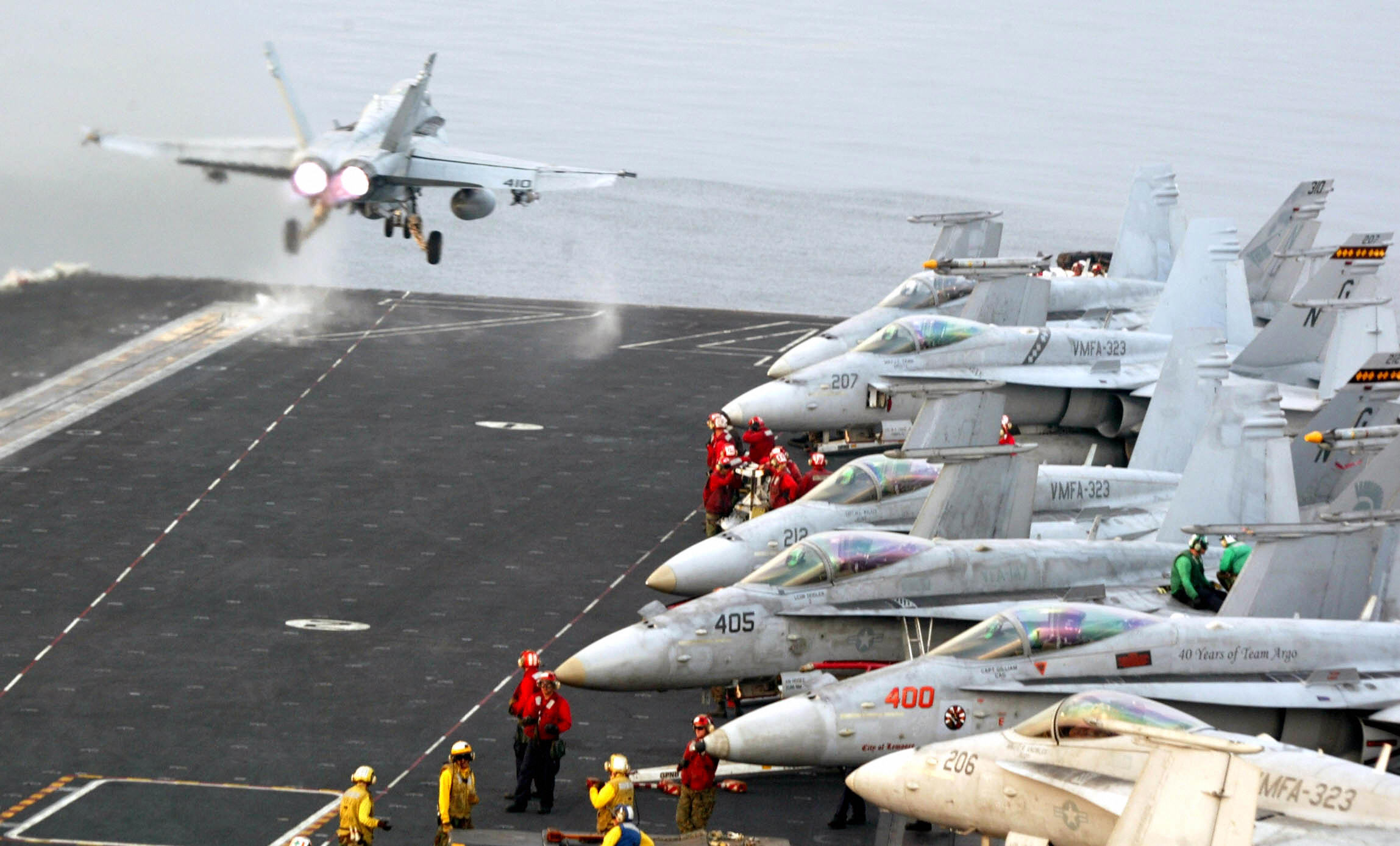 A Super Hornet takes off on board the USS John C. Stennis in the Gulf of Oman off the coast of Pakistan, 23 February 2007.