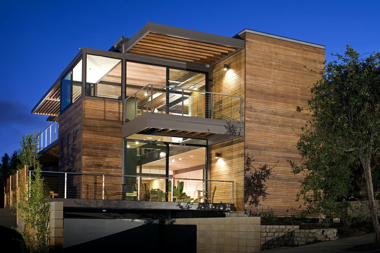 A LivingHomes prefab, sustainable mansion.