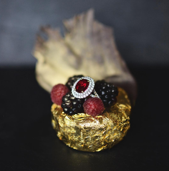 windsorcourtCelebrate #QueenElizabeth's birthday with our new decadent dark chocolate cake, encrusted in edible 24K gold and topped with Cristal champagne sauce infused with raspberries and passion fruit, gold-dusted berries and this $90K sparkler from M.S. Rau. #Queenat90