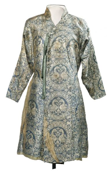 Robe, Iran, (11th–12th century).