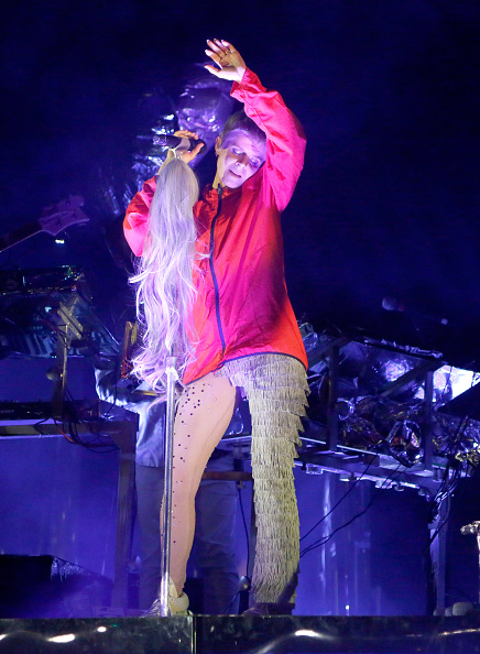 Robyn's weave microphone.