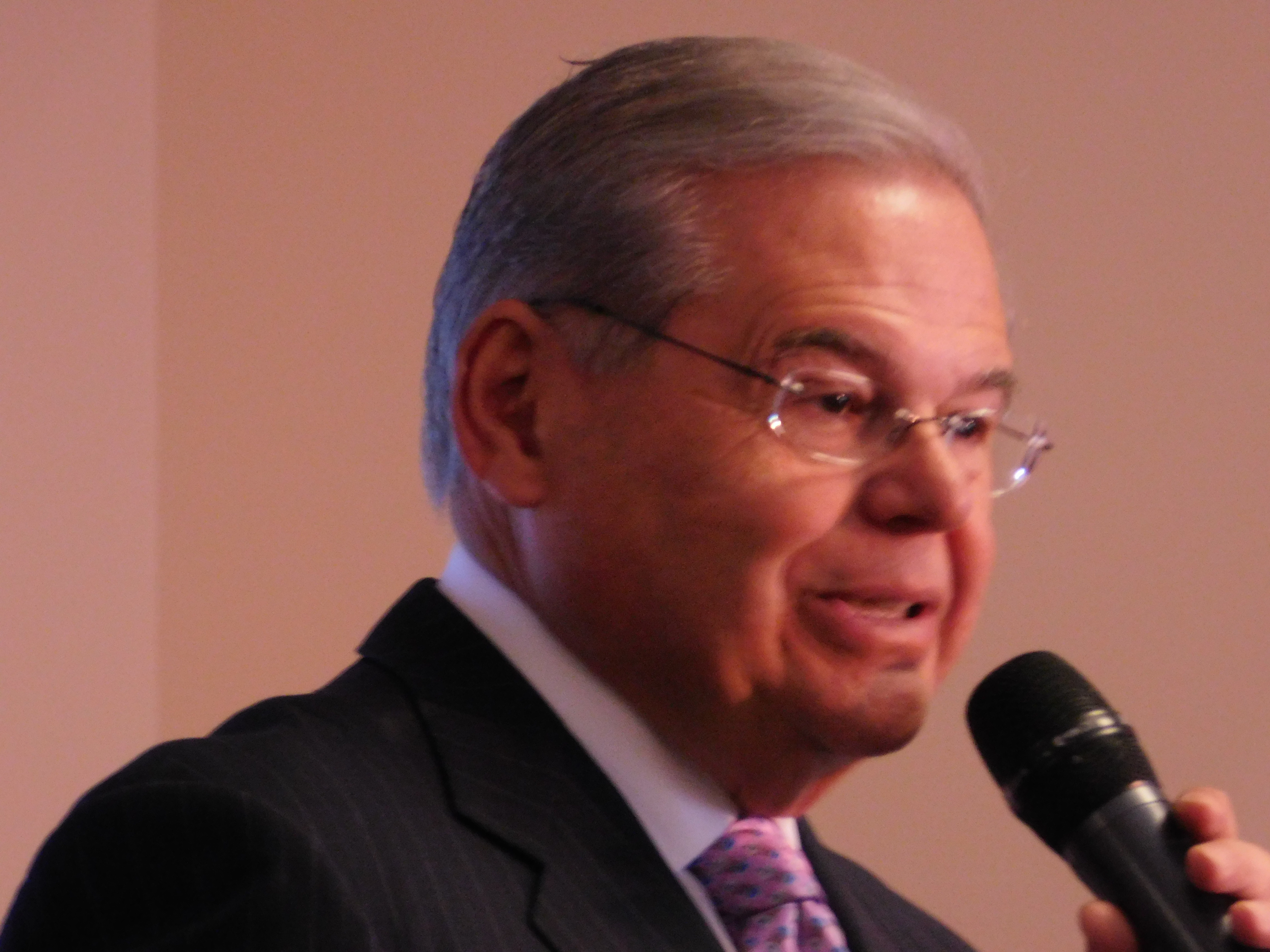 Menendez asks voters to vote for Hillary Clinton.