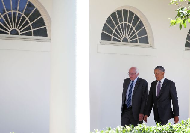 Democratic presidential candidate Sen. Bernie Sanders (D-VT) (L) walks with President Barack Obama (R) through the Colonnade as he arrives at the White House for an Oval Office meeting June 9, 2016 in Washington, DC. Sanders met with President Obama after Hillary Clinton has clinched the Democratic nomination for president. (Photo by Alex Wong/Getty Images)