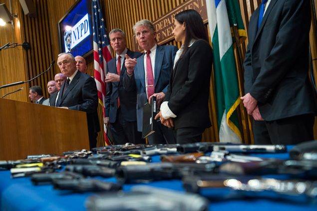 Mayor Bill de Blasio, center, flanked by NYPD Commissioner Bill Bratton and Manhattan District Attorney Cyrus Vance.