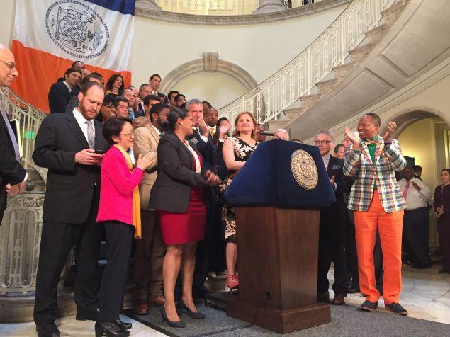 Council Speaker Melissa Mark-Viverito and Mayor Bill de Blasio announce a budget agreement.