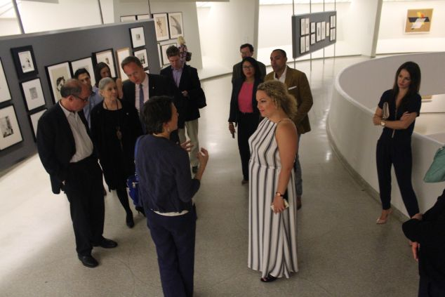 A curator led tour of the Moholy-Nagy exhibition at the Guggenheim.